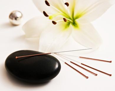 Akupunktur und Massage